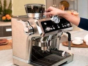 Machine à café manuelle - Le secret de tout grand café, c'est la qualité - Coffee Lounge