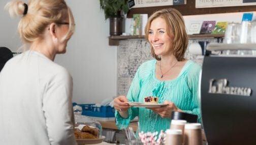 Vogelmaier-Christiane in unserem Coffeeshop