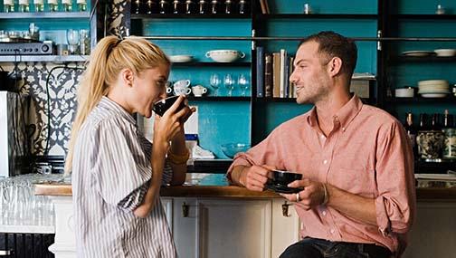 Kaffee trinkt sich am besten in Gesellschaft.